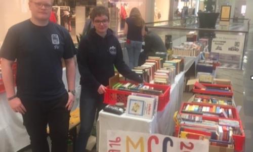 Überwältigender Erfolg des MCG-Bücherstandes im Palais Vest am 9. März